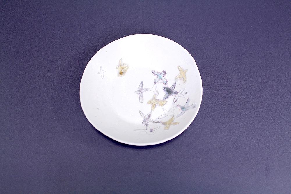 西山千代子 / 白亜釉 絵皿(小)